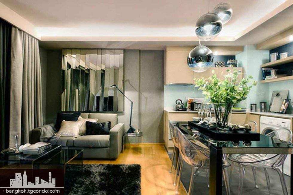 Via Botani Sukhumvit 49 Condo, 2 Bedrooms