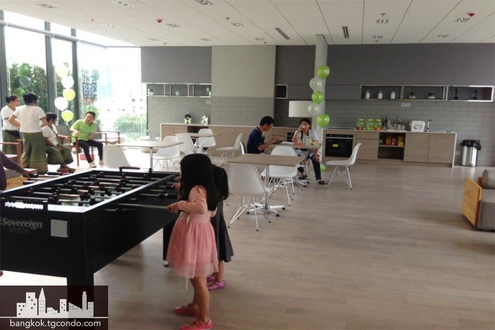 Ideo Mobi Rama9, 1 Bedroom Duplex